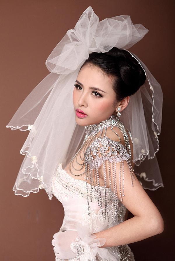 2013新娘白纱造型 浪漫唯美图片