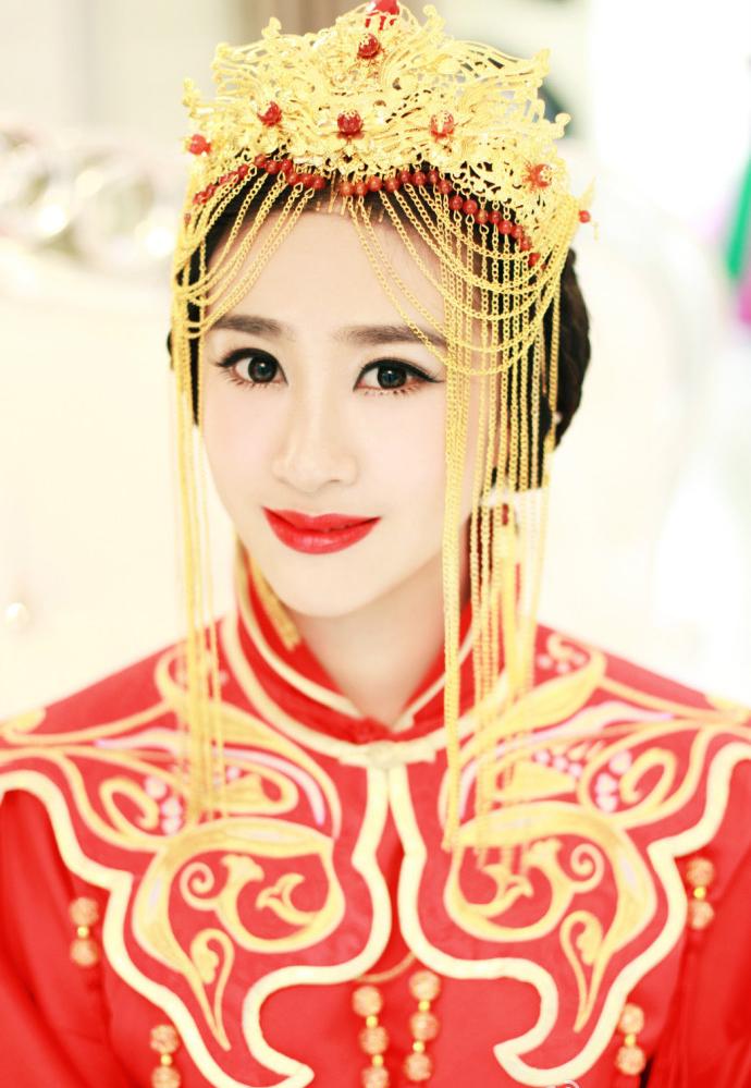 中式婚礼造型 中式发型演绎新娘古典韵致(3)