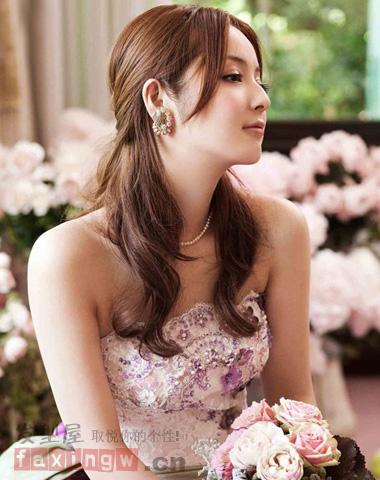 恋曲唯美男生纹理发型烫发披肩a恋曲新娘时尚奏响夏日怎么打理图片