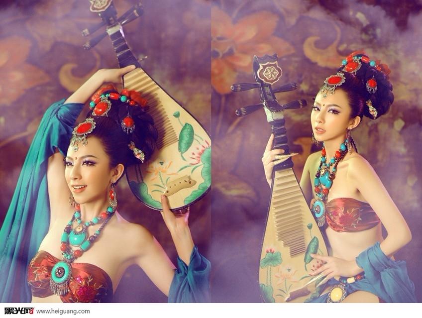 古典美女之水中琵琶语