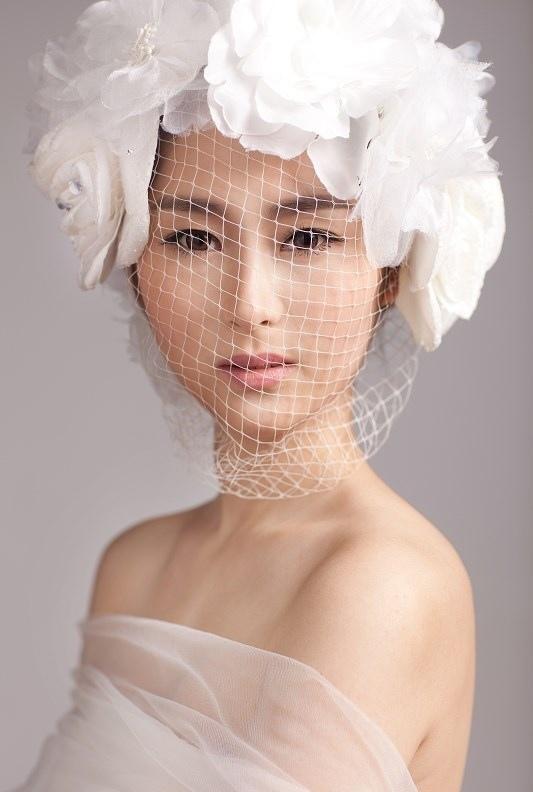 【化妆教程】时尚唯美新娘造型 当简单遇上永恒图片