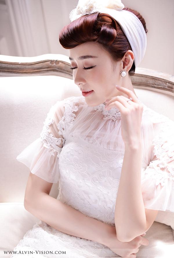 甜美复古新娘造型 展现新娘独特之美