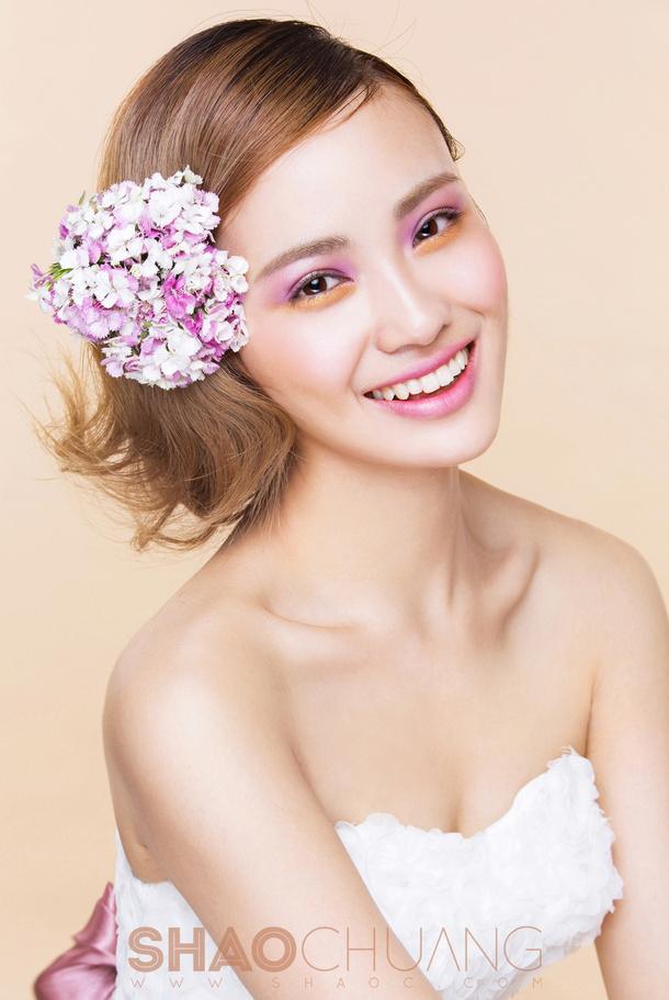 尚鲜花新娘造型 打造花样娇新娘   妆面赏析   影楼化妆