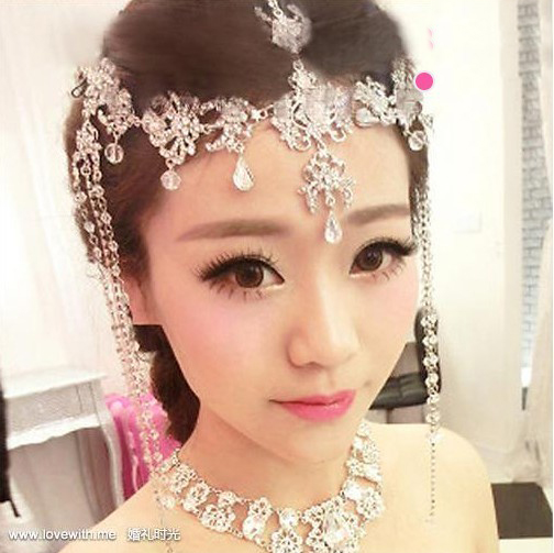 完美新娘头饰造型 展现新娘不同气质图片