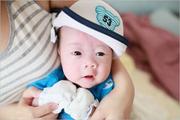 拍摄可爱新生宝宝的十个技巧