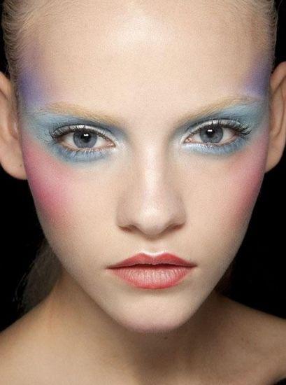 手绘创意妆面设计图
