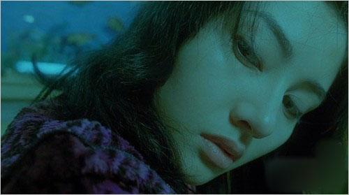 电影《堕落天使》剧照-跟着电影学 王家卫式女性荧幕造型实战录