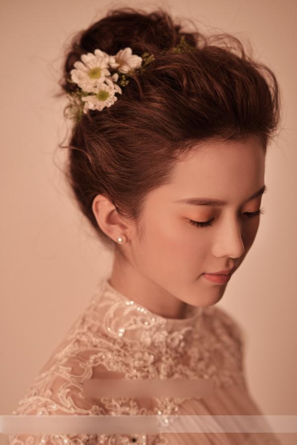 田园风新娘造型 清新新娘妆容图片