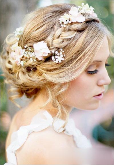 12款浪漫新娘发型 美丽传说继续上演图片