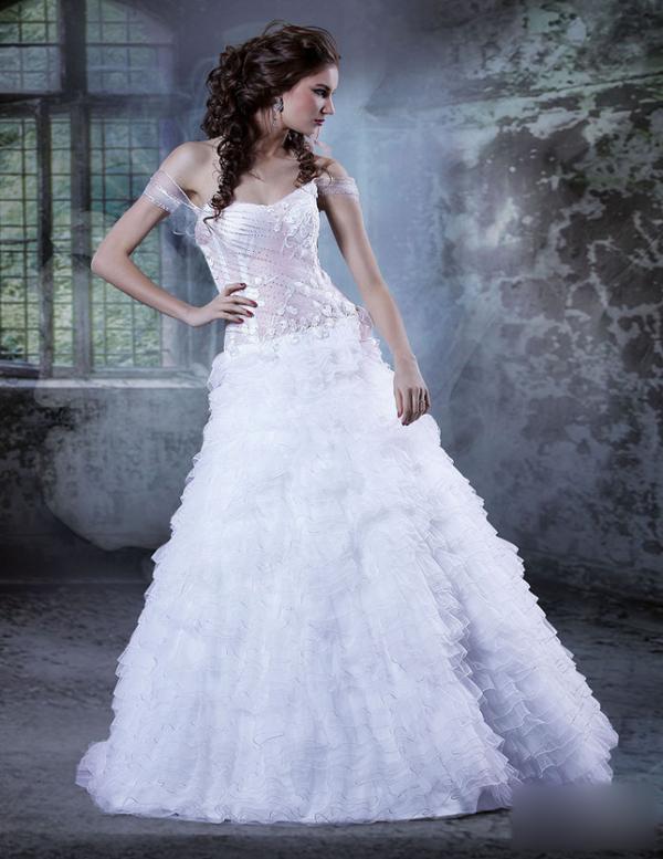 婚纱礼服 新娘造型 头纱