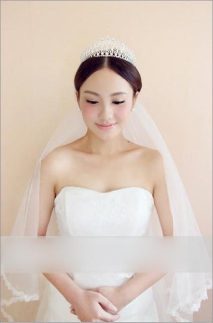 文静甜美的新娘造型 给予新娘最美丽的象征