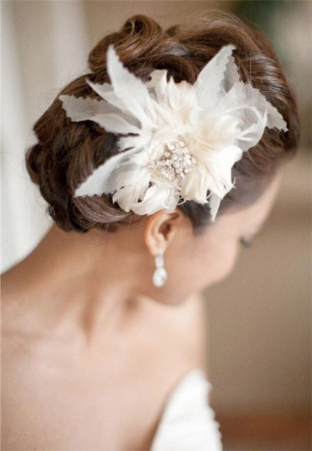 新娘造型 新娘发型 花朵式新娘配饰