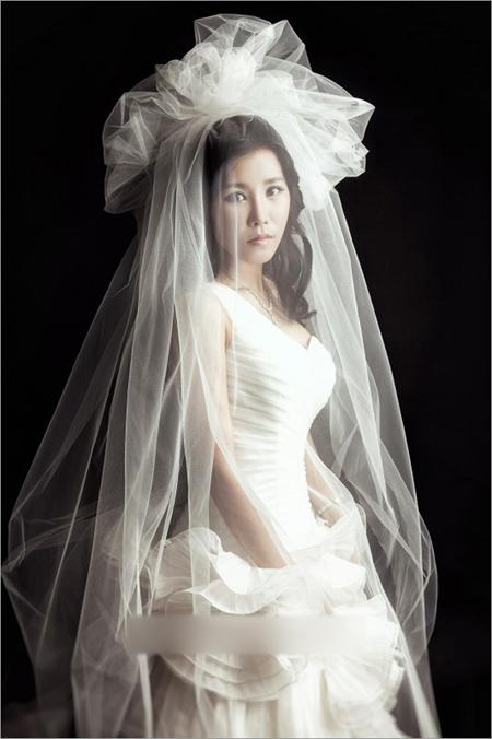 梦幻浪漫新娘头纱造型 惊艳值百分百图片