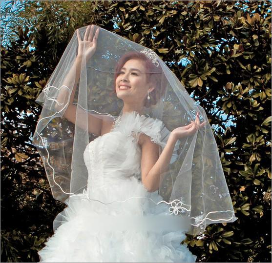 新娘头纱 新娘婚纱礼服 新娘造型图片