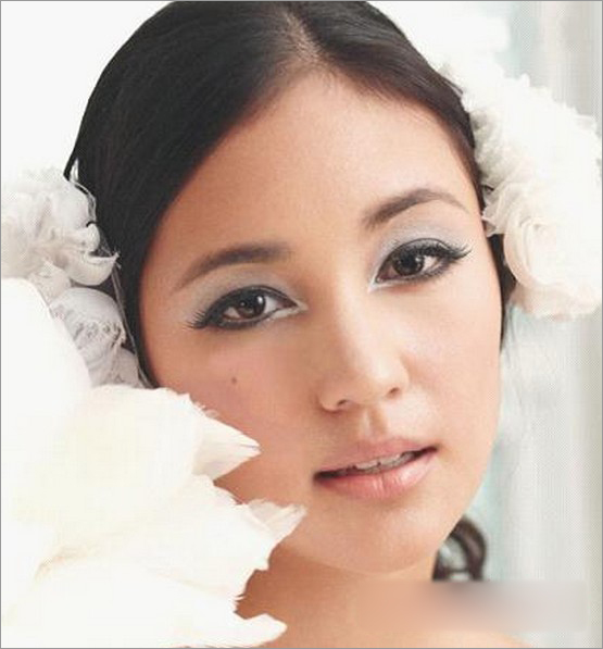 新娘造型 中式新娘妆图片