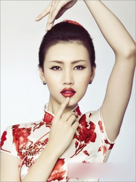 2013最美中式新娘妆 传统美丽依然继续
