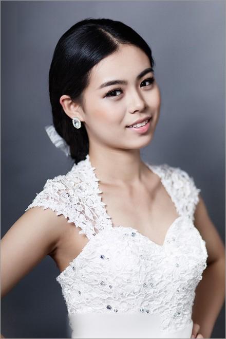 韩式新娘鲜花造型 成就女人一生梦想_妆面赏析_影楼