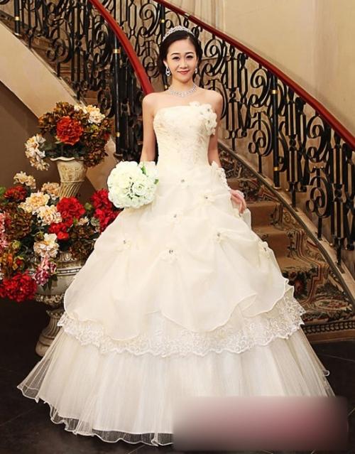 婚纱盘头造型步骤图片