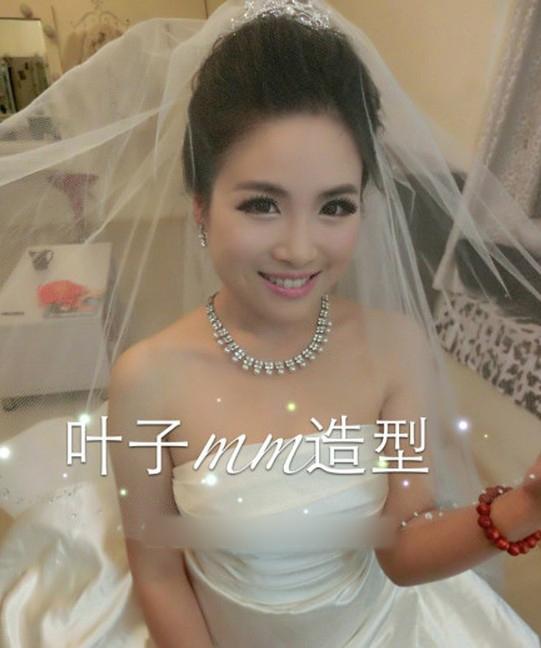 清新甜美新娘造型 散发可爱迷人气息_妆面赏析_影楼