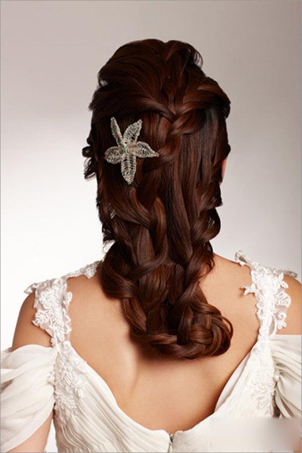 2013新娘发型设计 让你成为全场瞩目的焦点