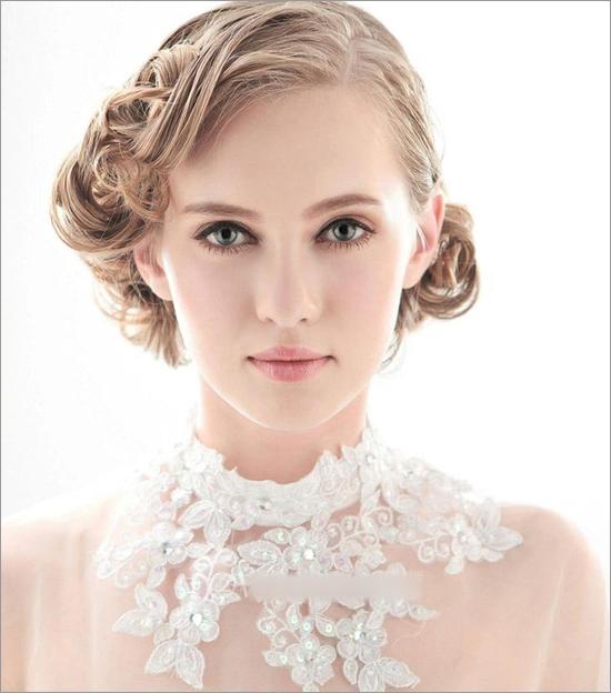复古婚礼新娘发型 哪款才是你的菜(3)_妆面赏析_影楼