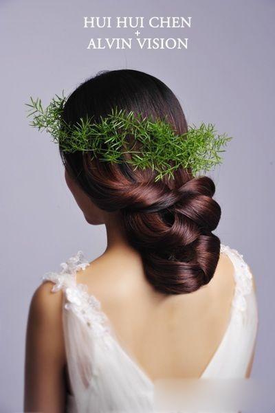 鲜花新娘造型 简单中打造清新范儿