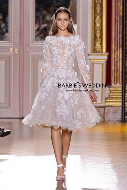 短款新娘礼服造型 展现俏皮可爱形象