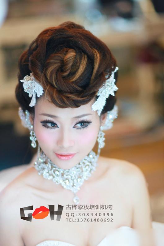新娘彩妆造型图片