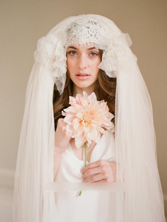 唯美新娘头纱造型 女人味十足
