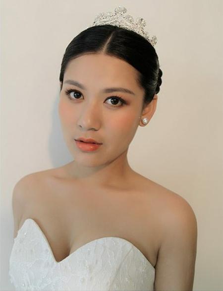 精致复古的新娘发型 让新娘大放光彩图片