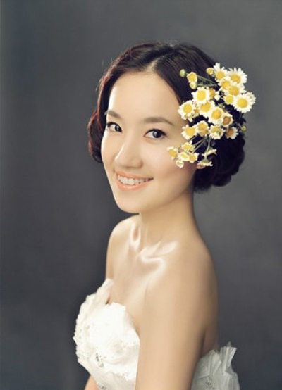 甜美的新娘造型 展现新娘独特之美