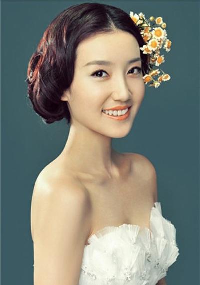 甜美的新娘造型 展现新娘独特之美_妆面赏析_影楼化妆