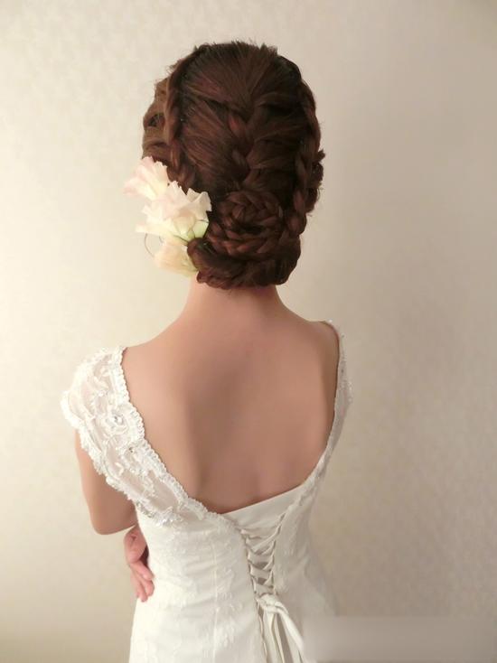 最新新娘发型 描绘背后的婉约图片