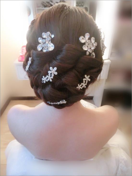 最新新娘发型 描绘背后的婉约(4)