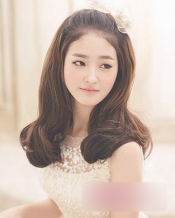 6款韩式新娘发型 散发迷人气质(3)_妆面赏析_影楼化妆