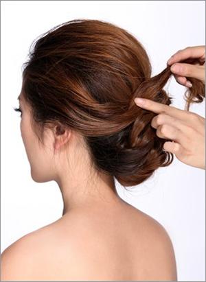 韩式新娘发型教程 打造出独一无二的感觉