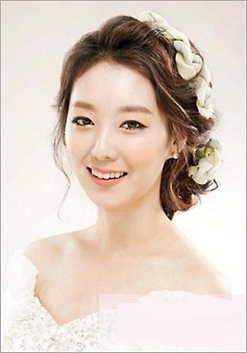 韩式新娘发型 演绎浪漫公主梦