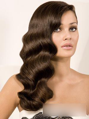 欧式新娘卷发发型 彰显时尚优雅气质(4)