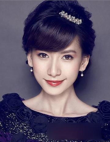 韩式新娘盘发发型 尽显温婉淑女风
