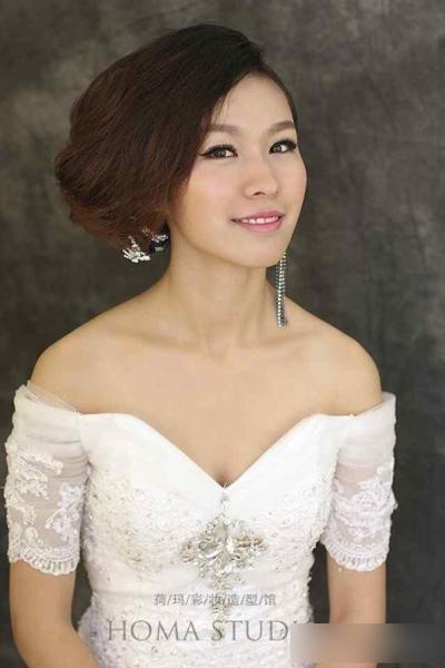 多款新娘发型赏析 展现不一样的自己_妆面赏析_影楼