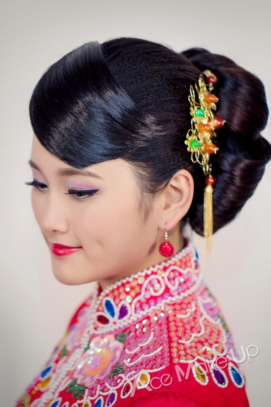 传统中式新娘造型 恋上中国风_妆面赏析_影楼化妆_网