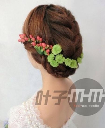 新娘编发发型 散发花漾森女气质(2)