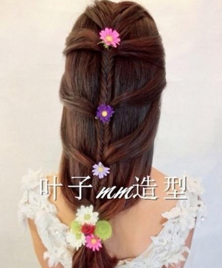 新娘编发发型 散发花漾森女气质(3)