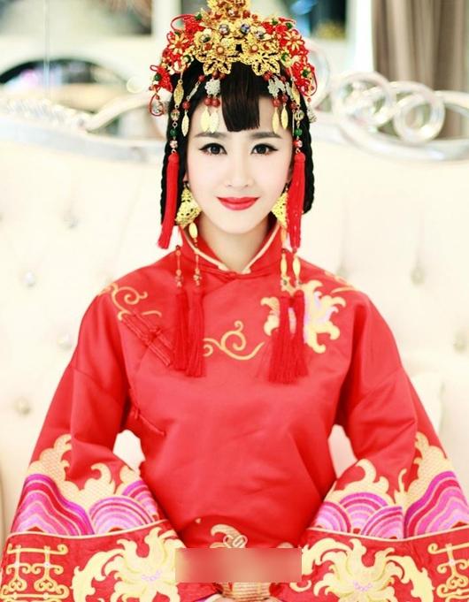 传统中式新娘造型 演绎古典含蓄之美_妆面赏析_影楼