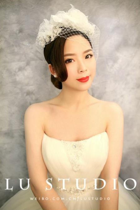 2014新娘发型推荐 简约复古尽显古典美_妆面赏析_影楼