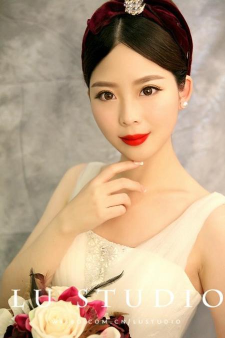 2014新娘发型推荐 简约复古尽显古典美图片