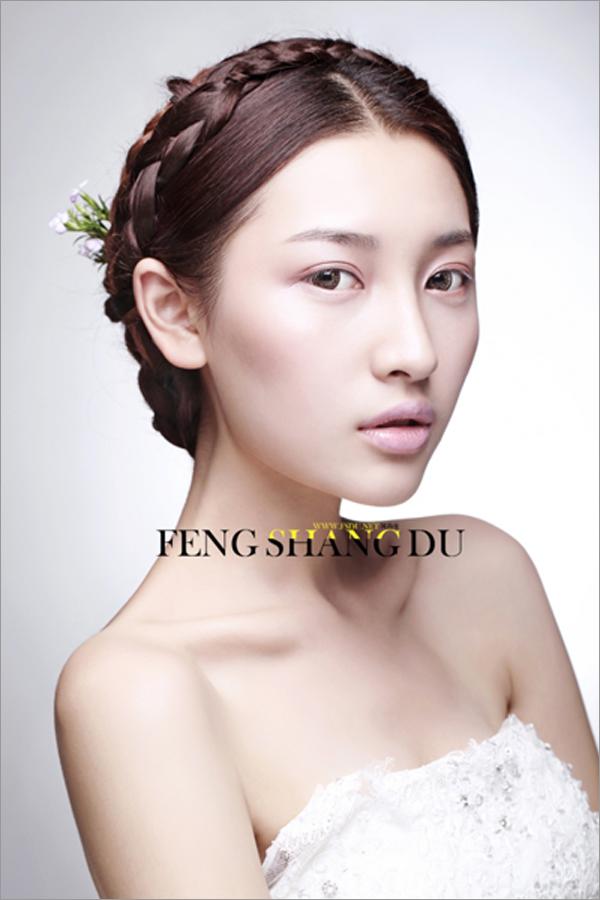 韩式经典新娘造型 塑造优雅卷曲的美感(二)