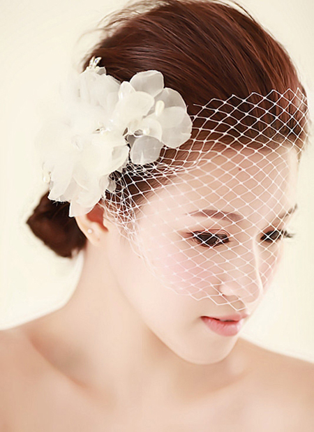 最新新娘造型装扮 彰显新娘完美气质_妆面赏析_影楼