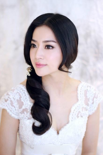 的 韩 式 新娘 盘 发 图片 挑选 你 喜欢 的 新娘 发型