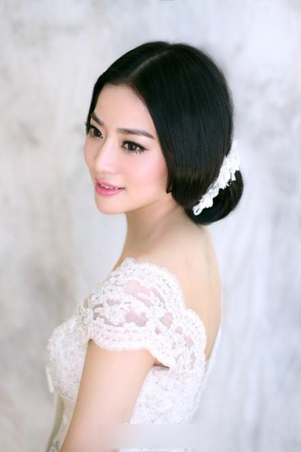 新娘发型图片欣赏 精致简约(4)_妆面赏析_影楼化妆